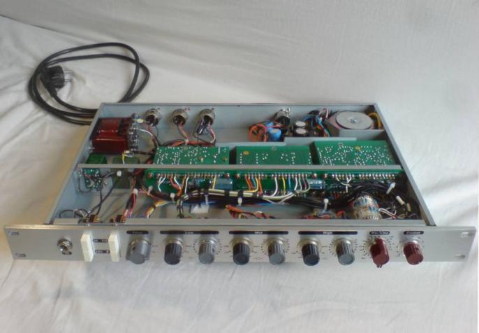 neve 1073 clone chameleon bei vintage audio rentals in hamburg. Black Bedroom Furniture Sets. Home Design Ideas